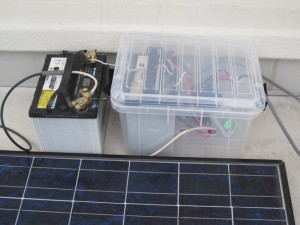 バッテリー充電で40ワットで60時間点灯できます
