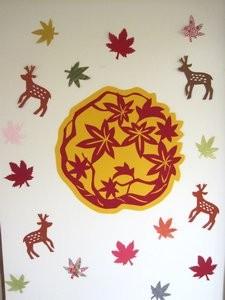 10月の壁面制作は鹿ともみじ