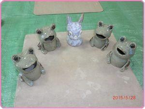 4月カエルとウサギ